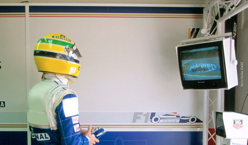 Senna in Williams garage at Imola 1994